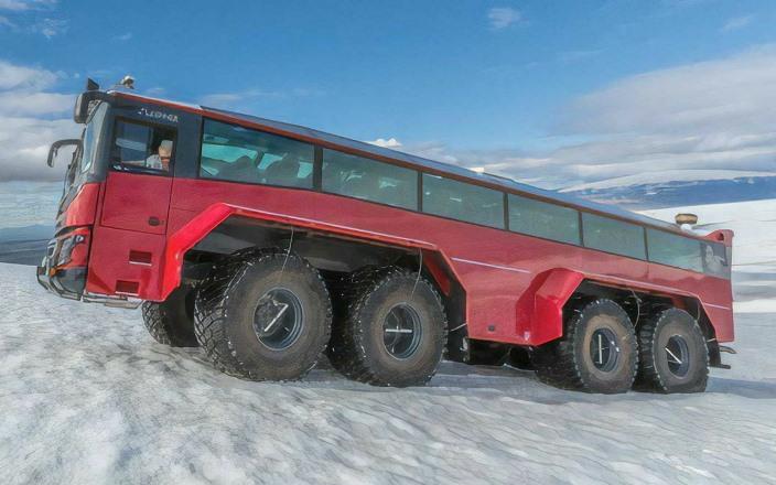 Слейпнир, внедорожный автобус