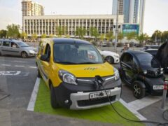 Как развитие электрокаров повлияет на стоимость автомобилей с ДВС