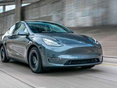 Tesla в январе начнет поставки кроссоверов Model Y китайской сборки