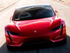 Блогеры обвинили Tesla в махинациях с динамическими характеристиками