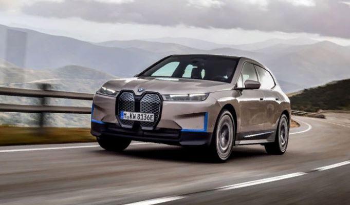 BMW iX, новый электрокроссовер