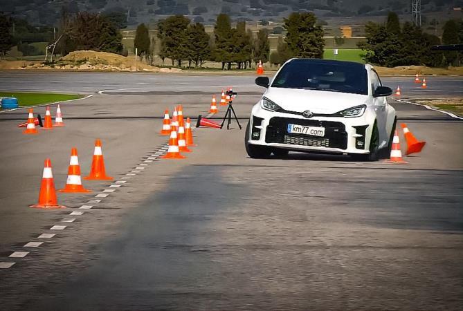 Toyota GR Yaris, лосиный тест