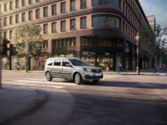 Продажи обновленного Lada Largus стартовали с 5 марта в России