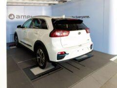 Стартап Ample показал технологию быстрой замены батарей в электромобилях
