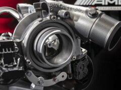 Компания Mercedes-AMG рассказала о мощных гибридных установках
