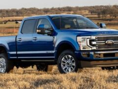 Ford представил обновленный пикап серии Super Duty 2022