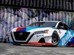 Показали дрифт Nissan Altima с 2000-сильным двигателем от GT-R