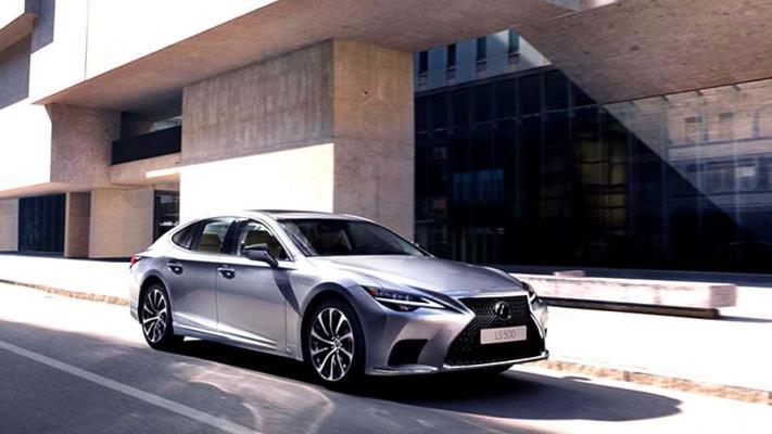 Lexus LS 500, обновленный седан