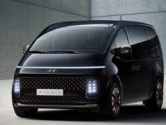 Hyundai рассказал о минивэне Staria с футуристическим дизайном
